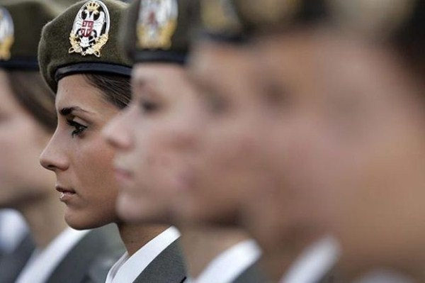 which country has the most beautiful female army soldiers 12 1