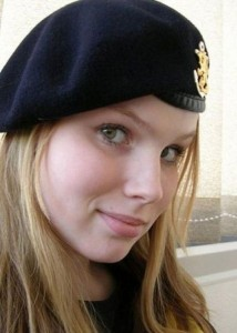 The Most Beautiful Female Army Soldiers (20 photos) 13