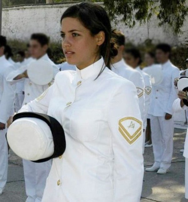 which country has the most beautiful female army soldiers 16 1