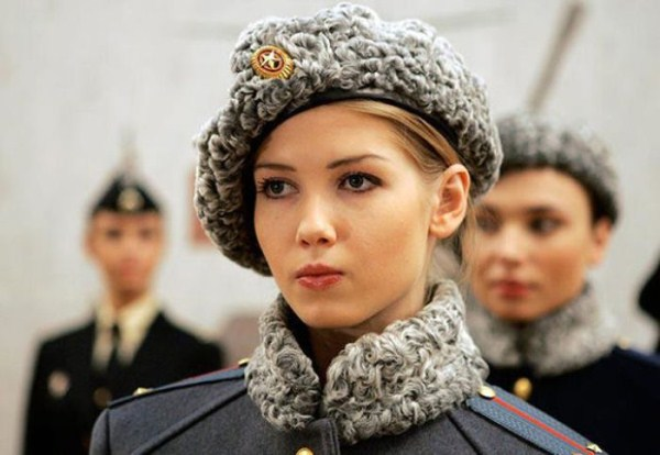 which country has the most beautiful female army soldiers 18 1