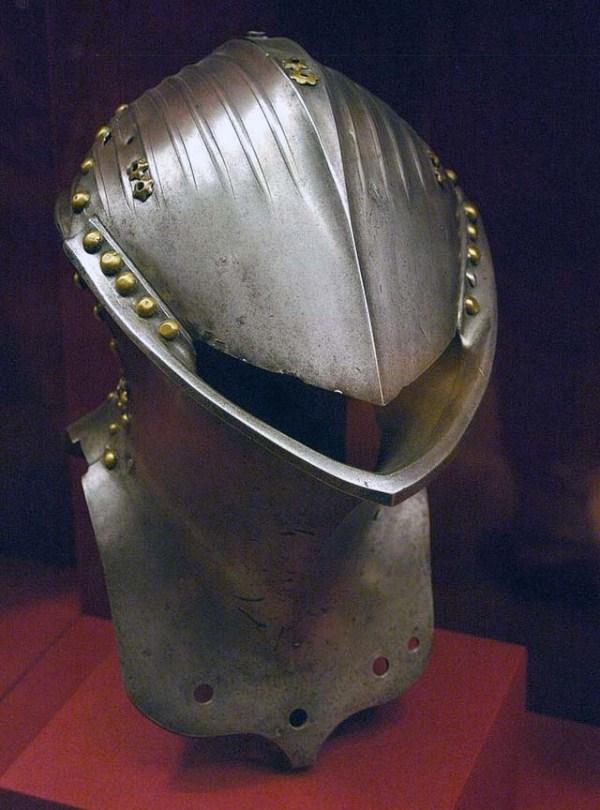 1102 Κράνη από την ηλικία των Armored Combat (32 φωτογραφίες)
