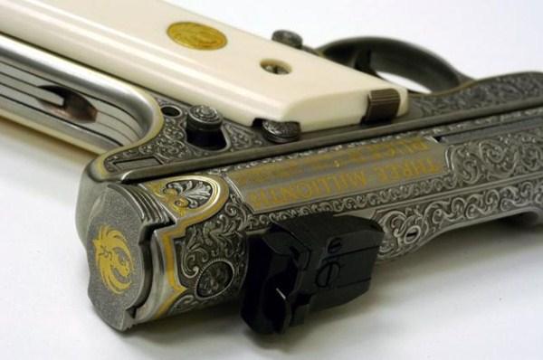 130 Όμορφα Χαραγμένο Όπλα (35 φωτογραφίες)