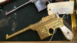 Beautifully Engraved Weapons (35 photos) 9