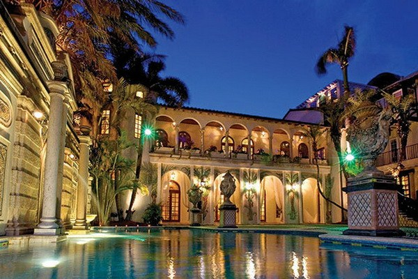 luxury-architecture-villa-gianni-versace-casa-causarina-passion4luxury-1