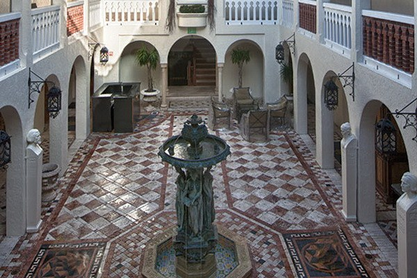 luxury-architecture-villa-gianni-versace-casa-causarina-passion4luxury-15