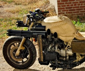 Motorcycle with Two Guns (12 photos) 1