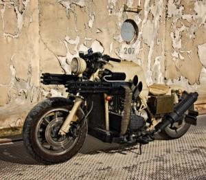 Motorcycle with Two Guns (12 photos) 5
