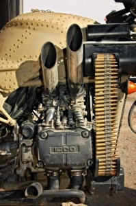 Motorcycle with Two Guns (12 photos) 9