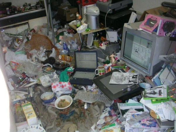 video_gamers_who_live_in_a_pigsty_640_06