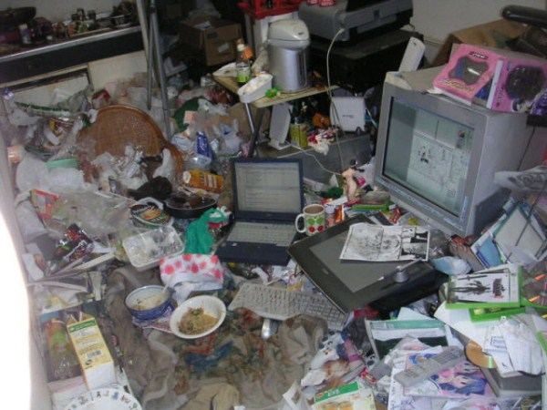 video_gamers_who_live_in_a_pigsty_640_18