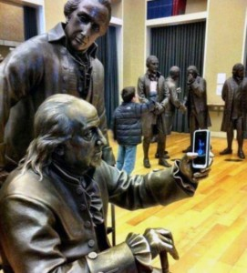 Having Fun With the Bronze Statues (20 photos) 10
