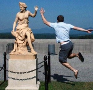 Having Fun With the Bronze Statues (20 photos) 13