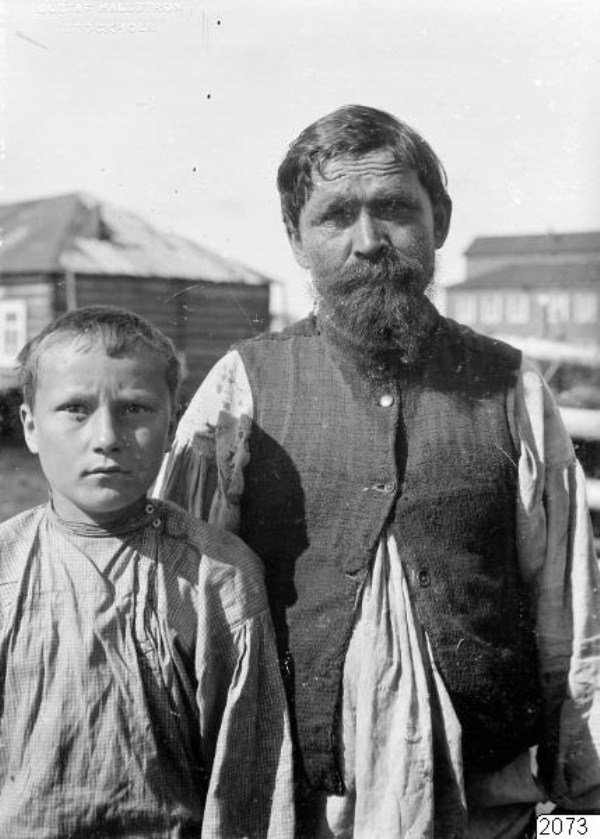 2020 Russian Village Life in 1910 (37 photos)