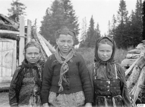 529 Russian Village Life in 1910 (37 photos)