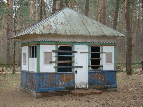632 Εγκαταλελειμμένα Καλοκαιρινές κατασκηνώσεις στη Ρωσία (39 φωτογραφίες)