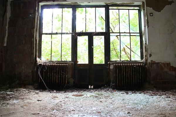 abandoned-new-york-011-08152013