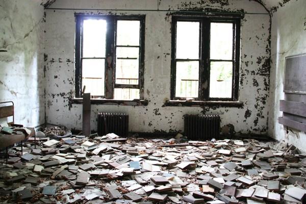 abandoned-new-york-012-08152013