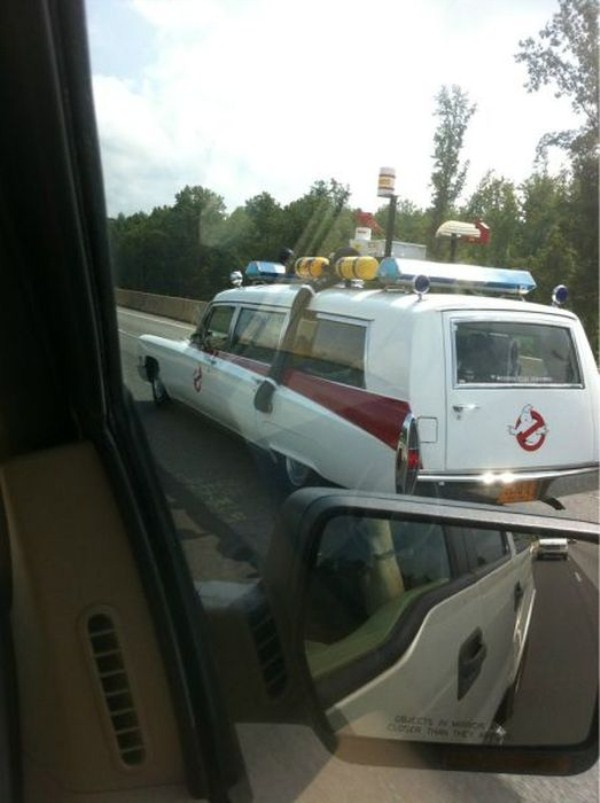 odd-things-on-the-road-20