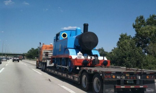 odd-things-on-the-road-26