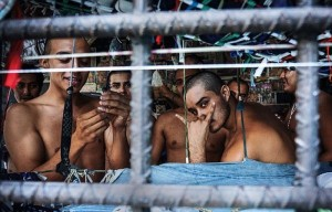 Overcrowded Prison in El Salvador (17 photos) 14