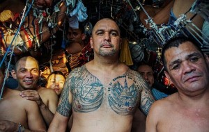 Overcrowded Prison in El Salvador (17 photos) 15