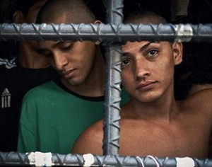 Overcrowded Prison in El Salvador (17 photos) 6