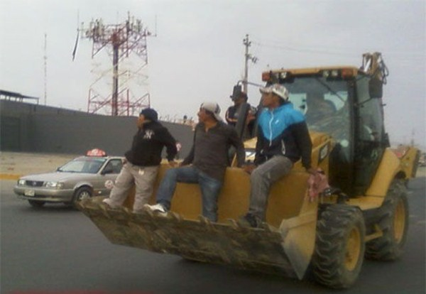 so_meanwhile_in_peru_this_is_happening_640_01