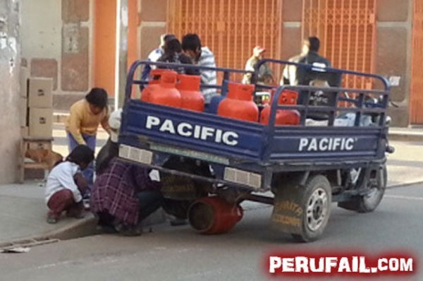 so_meanwhile_in_peru_this_is_happening_640_26