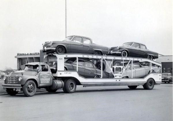 vintage-american-car-transporters-12