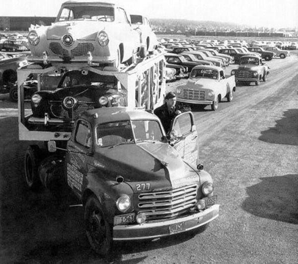 vintage-american-car-transporters-2