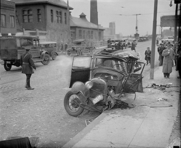 vintage car accidents 231 Old Photos of Car Accidents (51 photos)