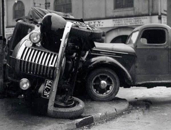 vintage car accidents 261 pictures