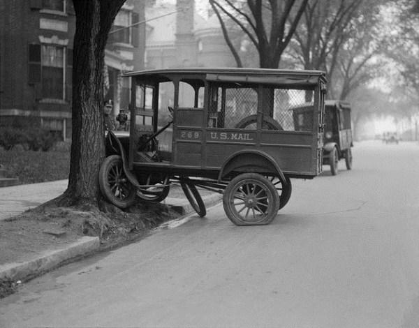 vintage car accidents 310