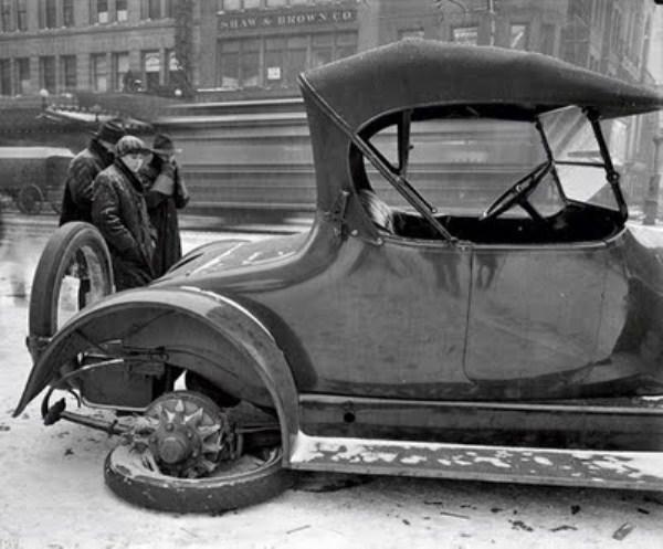 vintage car accidents 321 pictures