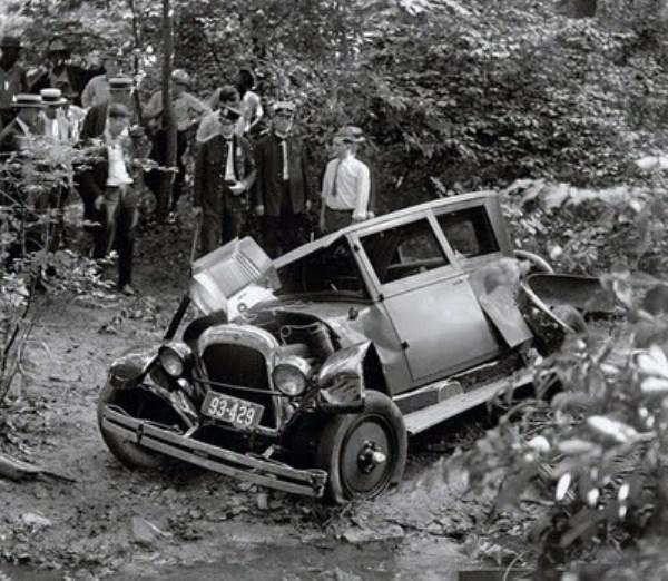 vintage car accidents 35 renamed 29651