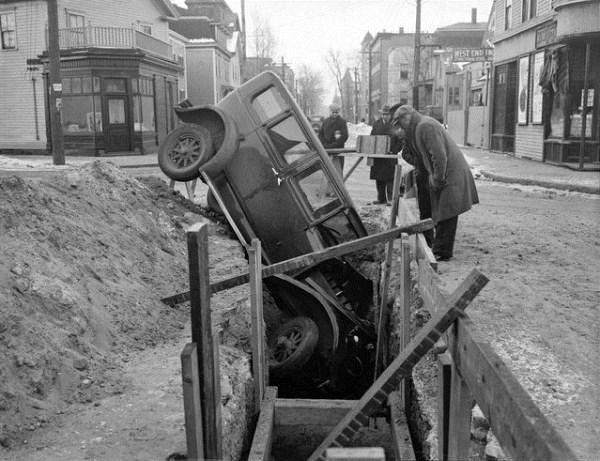vintage car accidents 441 Old Photos of Car Accidents (51 photos)