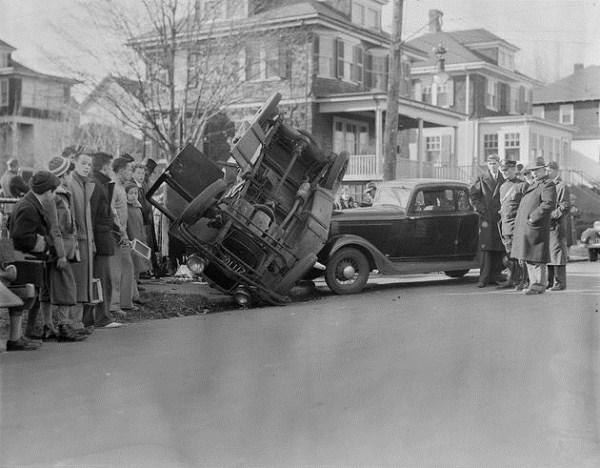 vintage car accidents 91