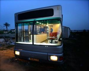 Women Turn an Old Bus into a Nice Home (20 photos) 6