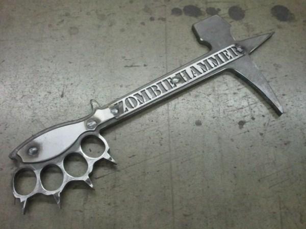 μαχαίρια σφυρί ζόμπι 3 Zombie Μαχαίρια Επιβίωσης (9 φωτογραφίες)