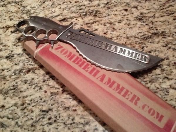 μαχαίρια σφυρί ζόμπι 4 Zombie Μαχαίρια Επιβίωσης (9 φωτογραφίες)