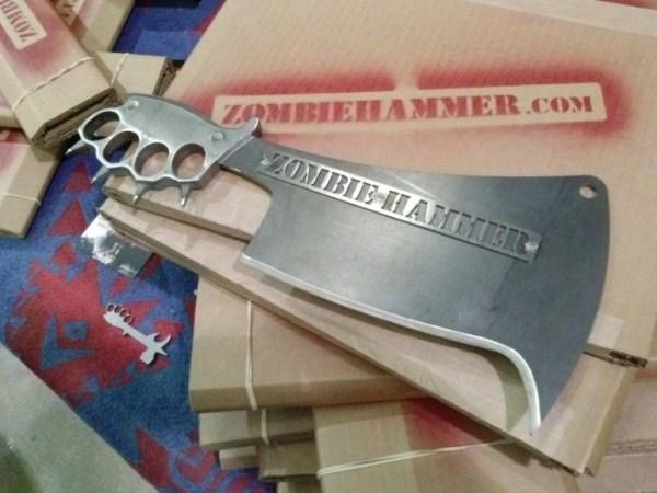 μαχαίρια σφυρί ζόμπι 6 Zombie Μαχαίρια Επιβίωσης (9 φωτογραφίες)