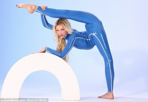 The World's Most Flexible Woman (17 photos) 17