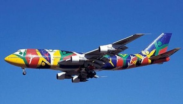 25-airplanes_with_awesome_paint_jobs