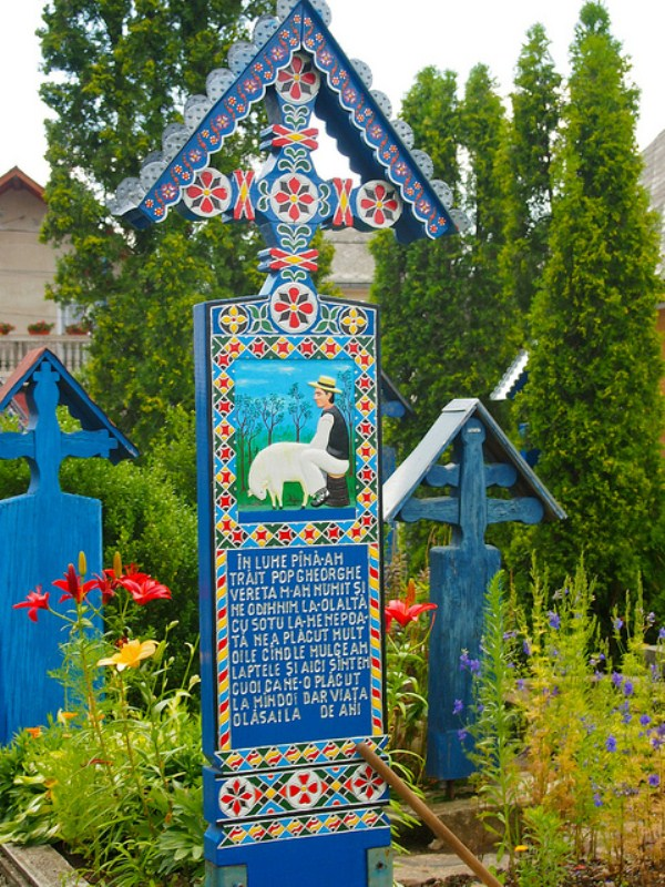 Merry Cemetery Romania (2)