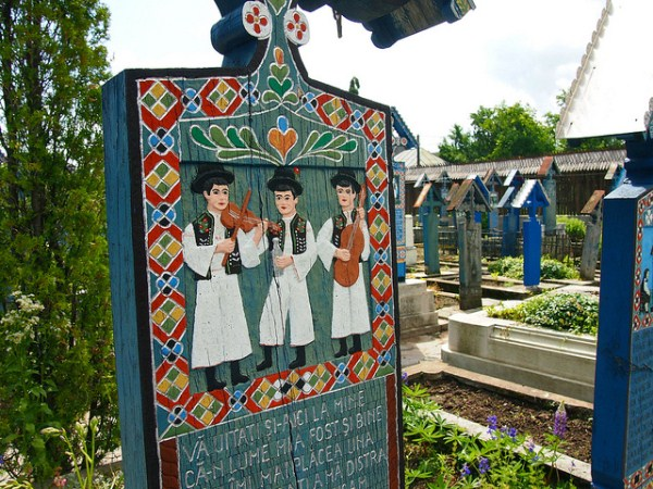 Merry Cemetery Romania (3)