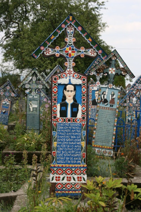 Merry Cemetery Romania (9)