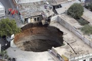 an_impressive_assortment_of_sinkhole_pictures_640_22