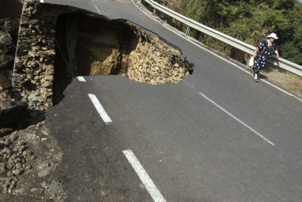 an_impressive_assortment_of_sinkhole_pictures_640_31