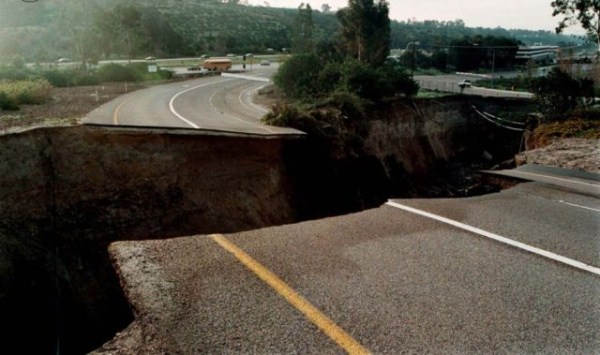 an_impressive_assortment_of_sinkhole_pictures_640_32