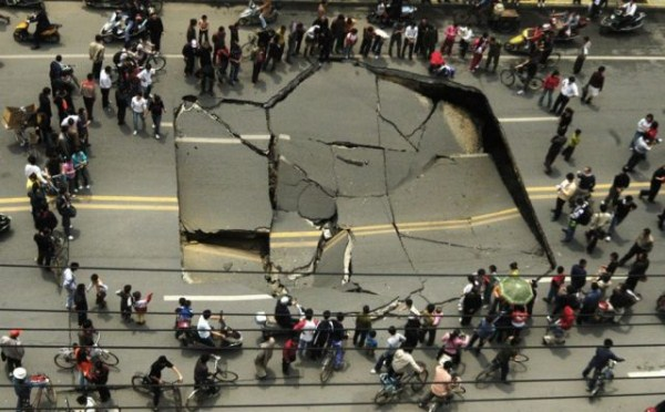 an_impressive_assortment_of_sinkhole_pictures_640_37